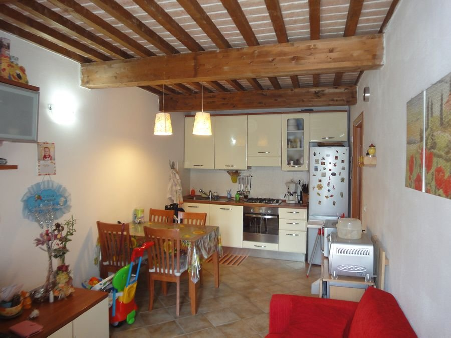 Appartamento in vendita a Cascina, 3 locali, prezzo € 110.000 | Cambio Casa.it