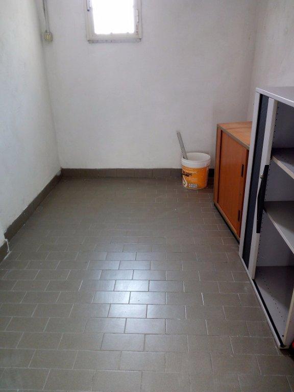 Garage/Box/Posto Auto in vendita a Carrara (MS)