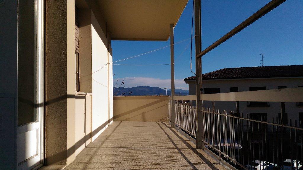 Appartamento in affitto residenziale a Signa (FI)
