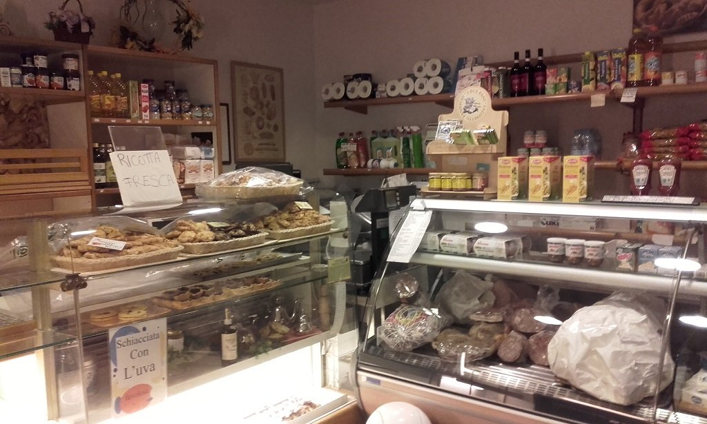 Attività commerciale in vendita a Cerreto Guidi (FI)