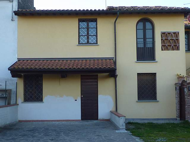 Soluzione Indipendente in vendita a Santa Croce sull'Arno, 4 locali, prezzo € 110.000 | CambioCasa.it