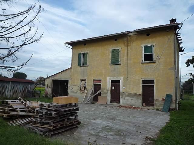 Colonica - Castelfranco di Sotto (1/4)