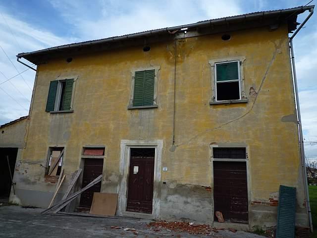 Colonica - Castelfranco di Sotto (2/4)