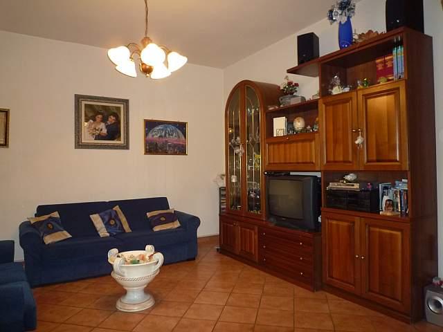 Colonica - Montecalvoli Basso, Santa Maria a Monte (2/19)