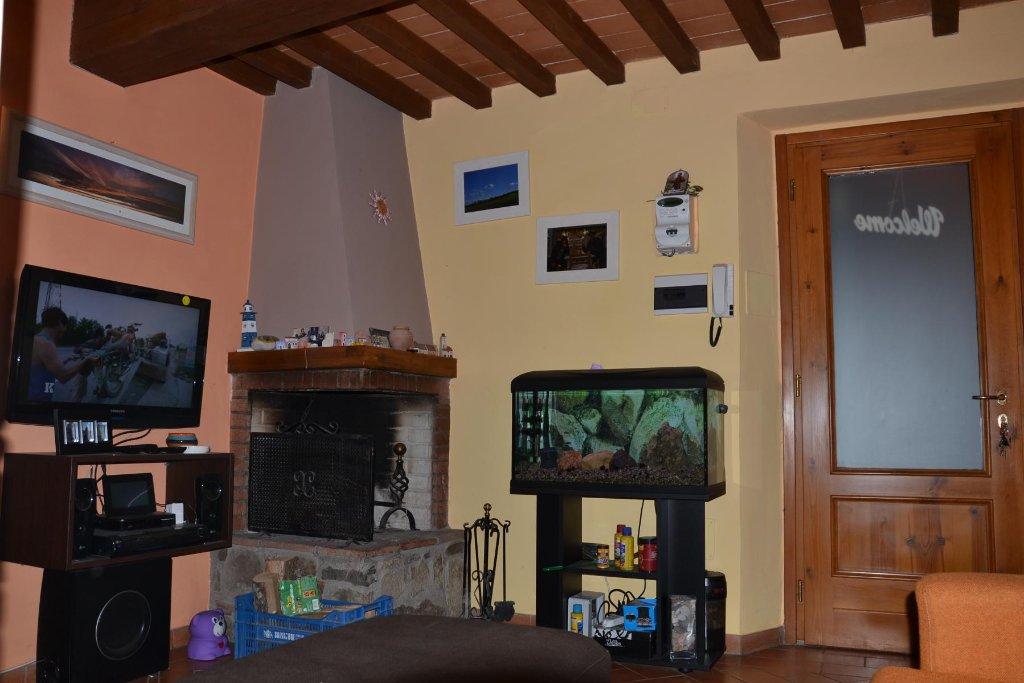 Soluzione Indipendente in vendita a Carmignano, 3 locali, prezzo € 190.000 | CambioCasa.it