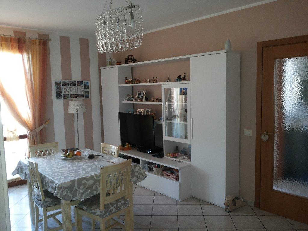 Appartamento in vendita a Fucecchio, 3 locali, prezzo € 130.000 | Cambio Casa.it