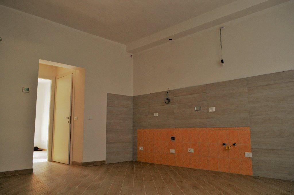Appartamento in vendita, rif. 239