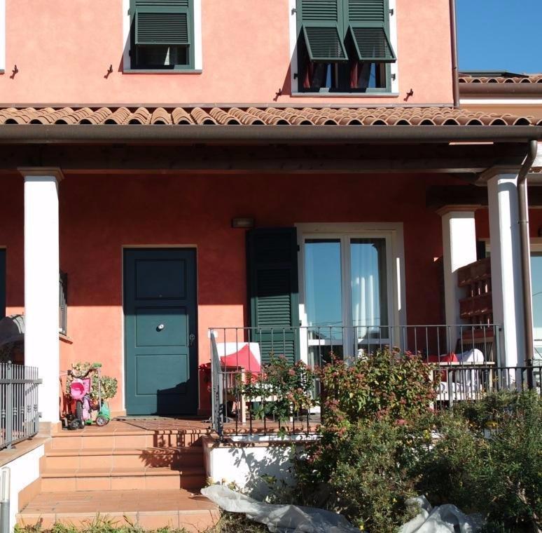 Villetta a schiera in vendita a Castelnuovo Magra (SP)