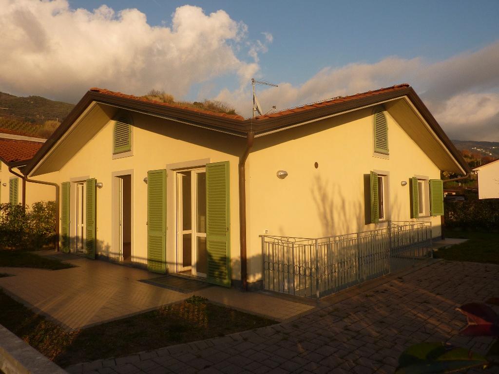 Villa singola in vendita, rif. FGA-185