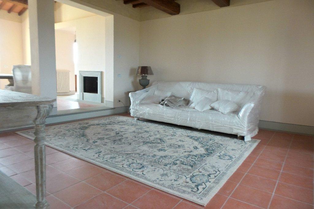 Rustico / Casale in affitto a Empoli, 6 locali, prezzo € 1.600 | Cambio Casa.it