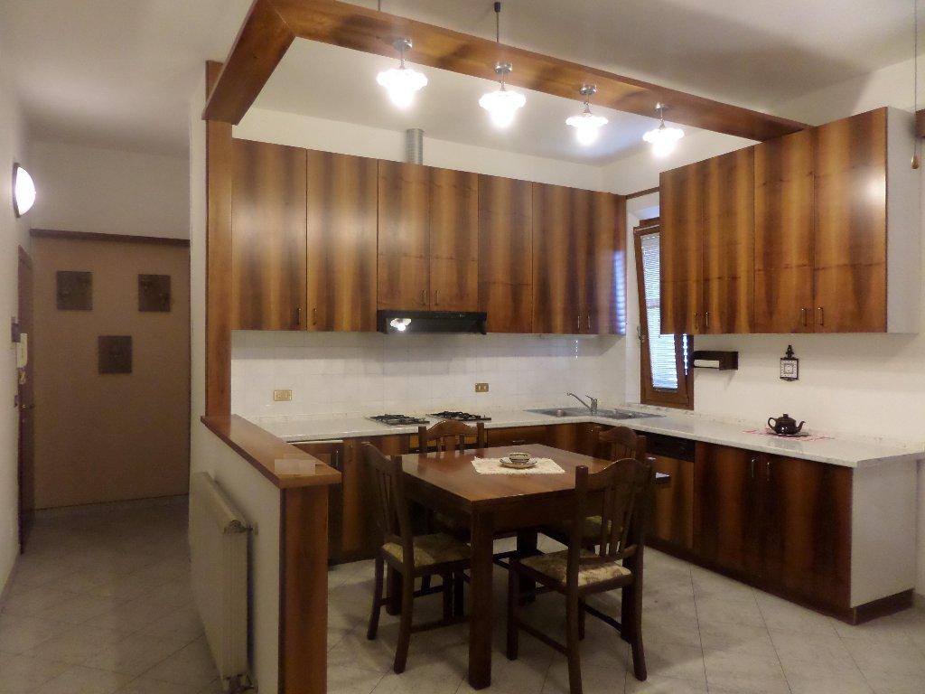 Appartamento in vendita a Montopoli in Val d'Arno, 3 locali, prezzo € 79.000 | Cambio Casa.it