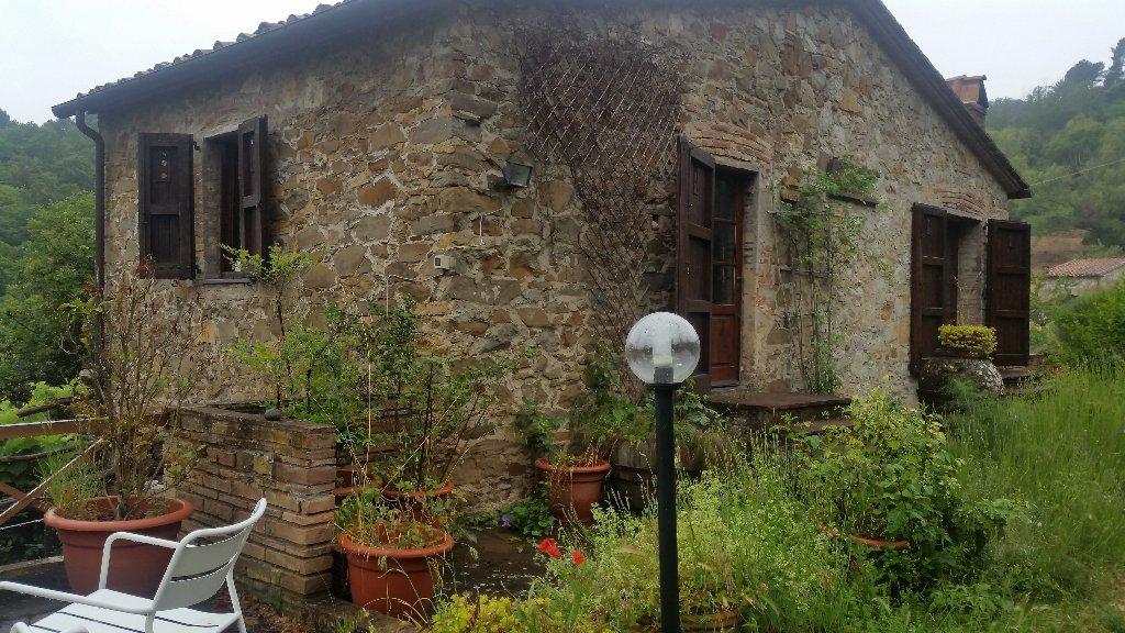 Rustico / Casale in Vendita a Chianni