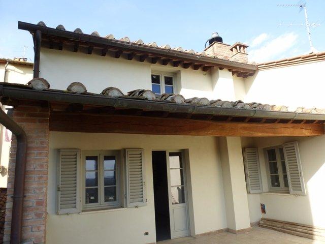 Appartamento in vendita a Barberino Val d'Elsa, 5 locali, Trattative riservate | CambioCasa.it
