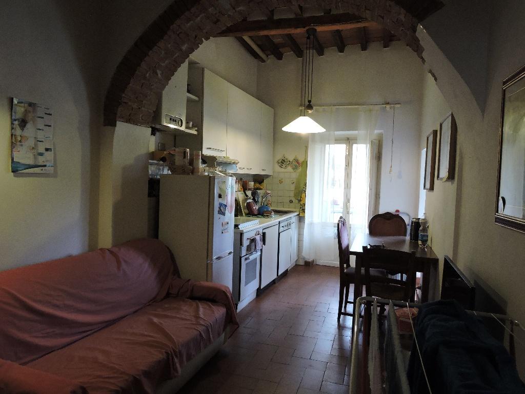 Appartamento in affitto, rif. a39/92