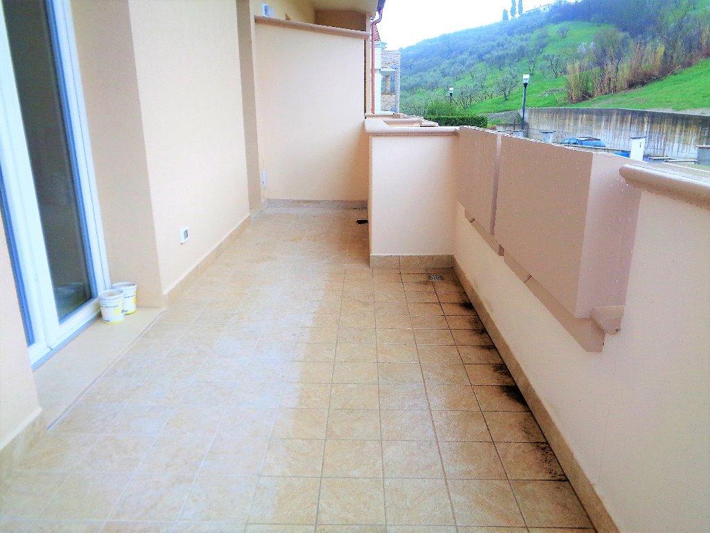 Appartamento in vendita a Capraia e Limite, 5 locali, prezzo € 330.000 | PortaleAgenzieImmobiliari.it