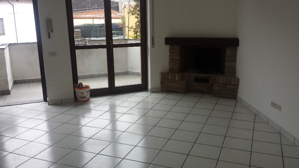 Appartamento in affitto a Casorezzo, 3 locali, prezzo € 650 | CambioCasa.it