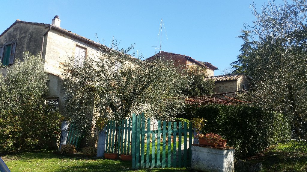 Rustico / Casale in vendita a Terricciola, 10 locali, prezzo € 450.000 | CambioCasa.it