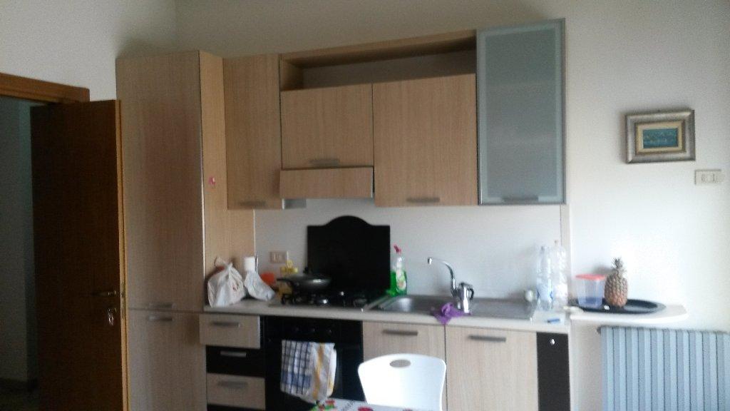 Appartamento in affitto a Magenta, 1 locali, prezzo € 300 | CambioCasa.it