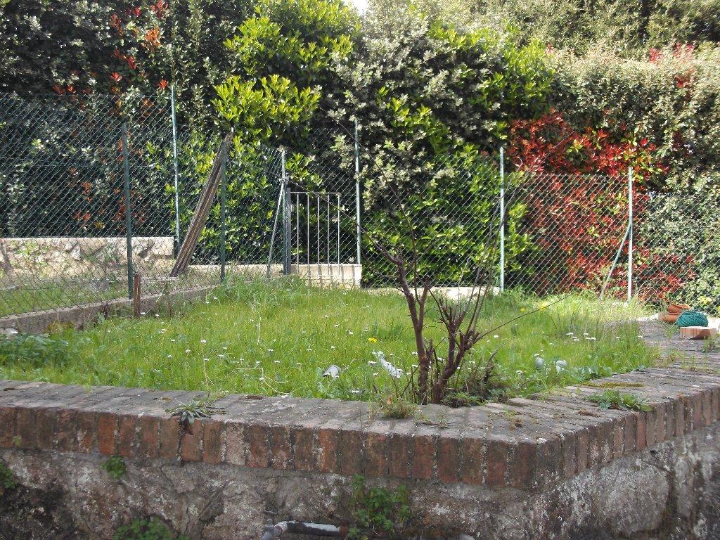 Appartamento in vendita a San Miniato, 4 locali, prezzo € 60.000   CambioCasa.it