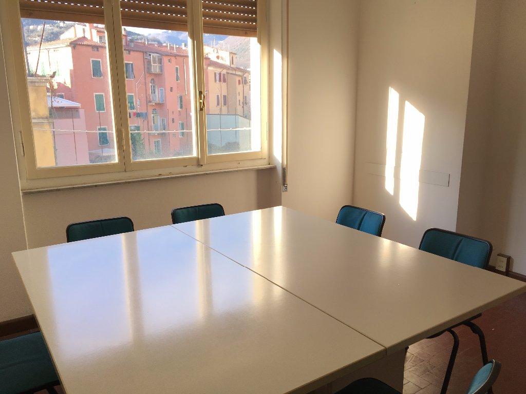 Ufficio in vendita a Carrara (MS)