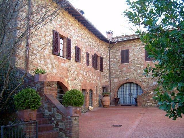 Azienda agricola in vendita a Siena