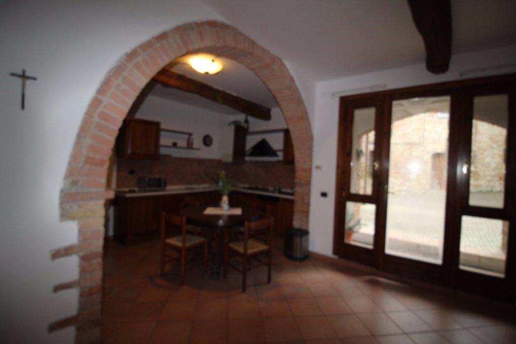 Appartamento in vendita a Murlo, 3 locali, prezzo € 195.000 | CambioCasa.it