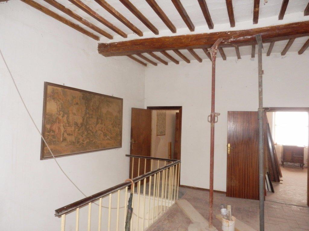 Soluzione Indipendente in vendita a San Giuliano Terme, 12 locali, prezzo € 250.000 | Cambio Casa.it