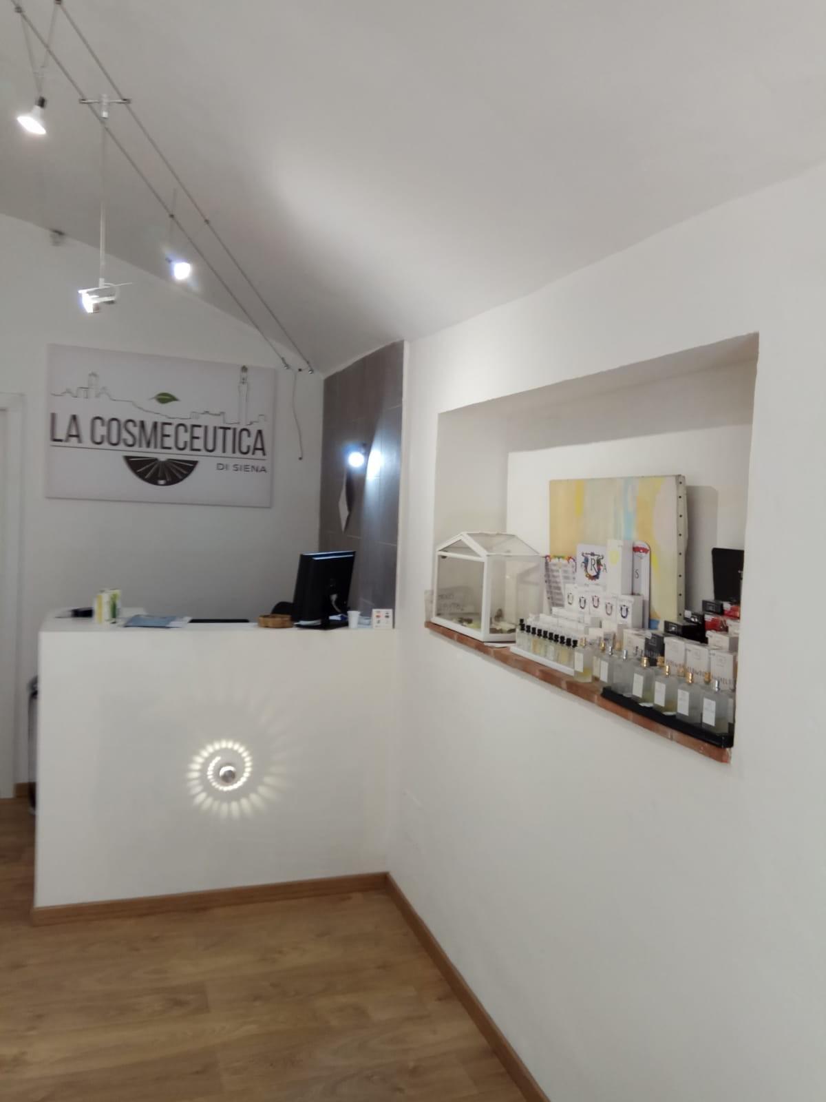 Negozio in affitto commerciale a Siena
