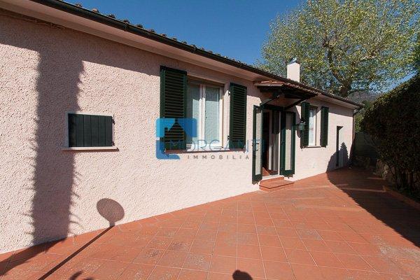 Rustico / Casale in vendita a Pietrasanta, 5 locali, prezzo € 200.000 | Cambio Casa.it