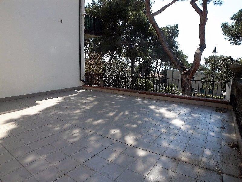 Appartamento in vendita a Rosignano Marittimo, 6 locali, prezzo € 275.000 | Cambio Casa.it