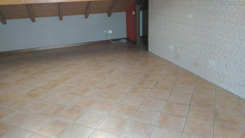 Appartamento in affitto a Bernate Ticino, 2 locali, prezzo € 400 | Cambio Casa.it