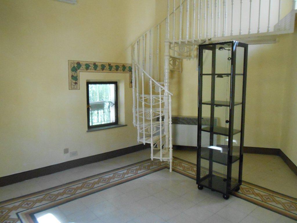 Ufficio / Studio in vendita a Bientina, 3 locali, Trattative riservate   Cambio Casa.it
