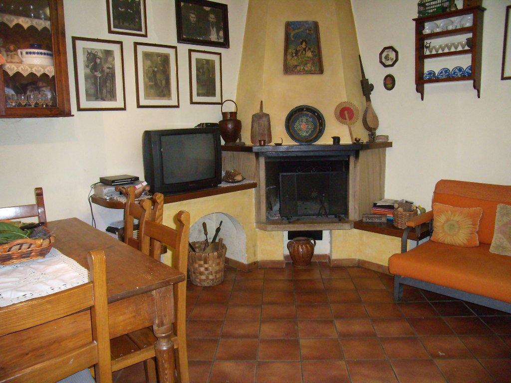 Soluzione Indipendente in vendita a Monsummano Terme, 4 locali, prezzo € 88.000 | CambioCasa.it