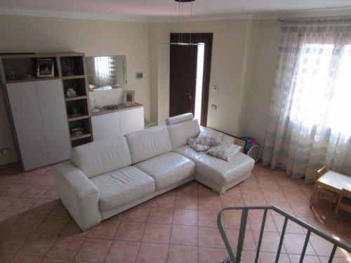 Soluzione Indipendente in vendita a Santa Maria a Monte, 4 locali, prezzo € 215.000 | Cambio Casa.it