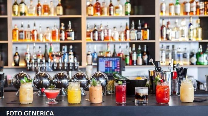 Bar in vendita a Santa Maria a Monte, 2 locali, prezzo € 48.000 | CambioCasa.it