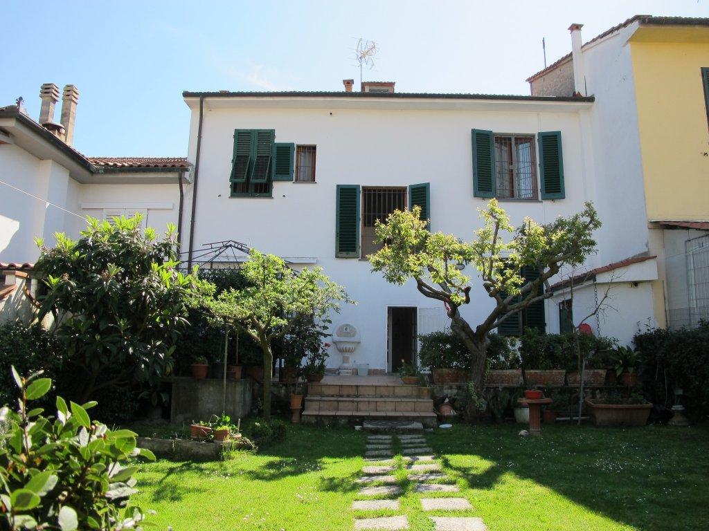 Villetta a schiera in vendita, rif. 8584