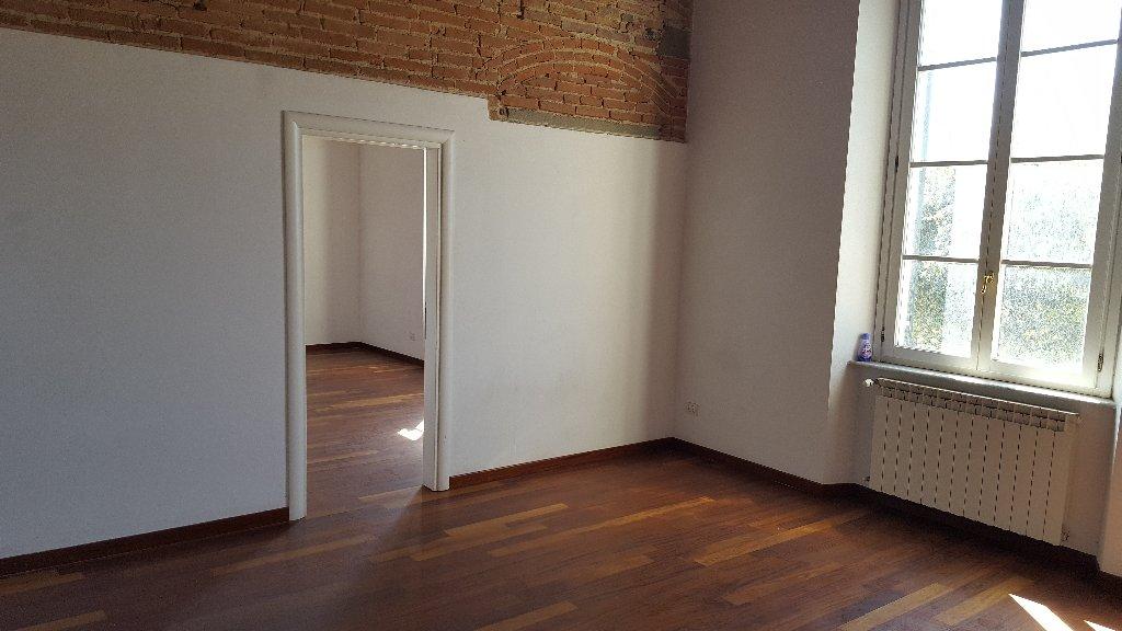 Ufficio in affitto commerciale a Livorno