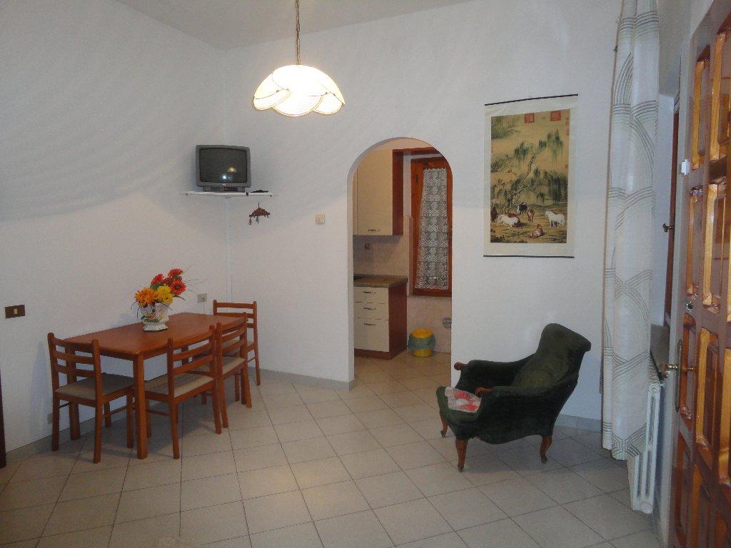 Appartamento in vendita a Peccioli, 3 locali, prezzo € 128.000 | Cambio Casa.it