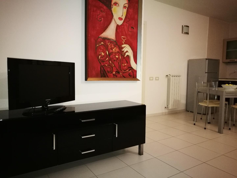 Appartamento in affitto, rif. CR748