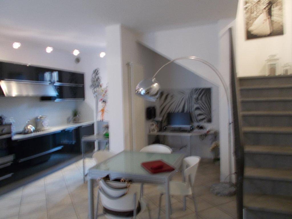 Soluzione Indipendente in vendita a Crespina Lorenzana, 4 locali, prezzo € 190.000   Cambio Casa.it