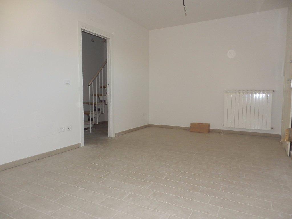 Appartamento in vendita, rif. 1084