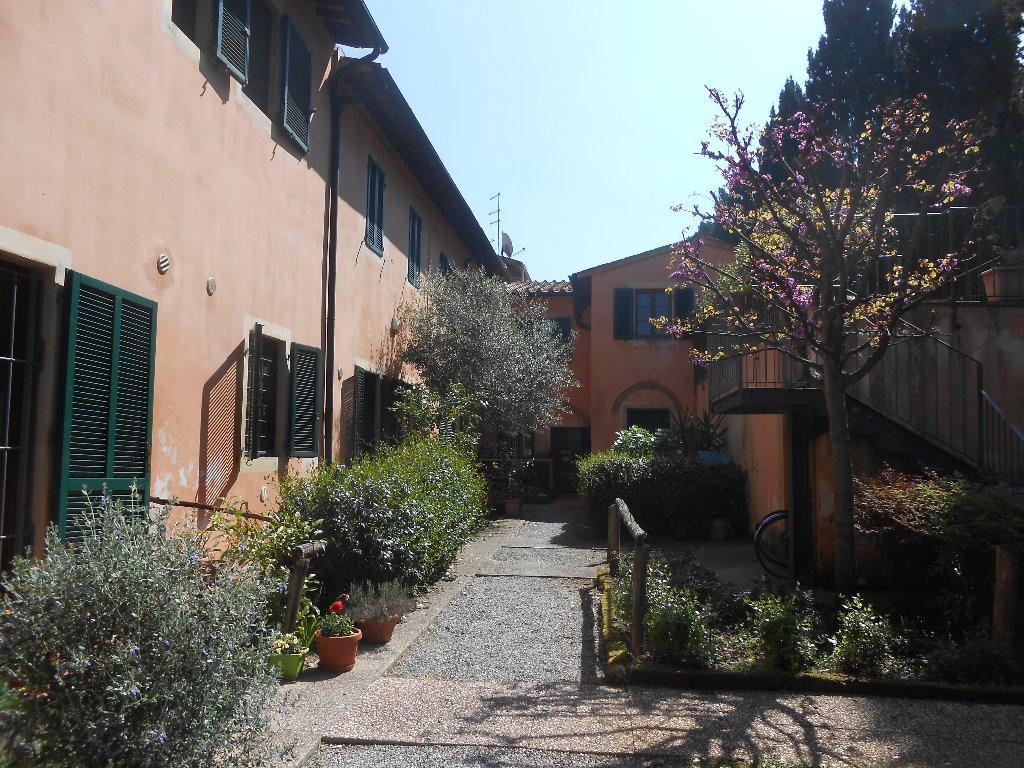 Rustico / Casale in vendita a Pisa, 4 locali, prezzo € 250.000 | CambioCasa.it