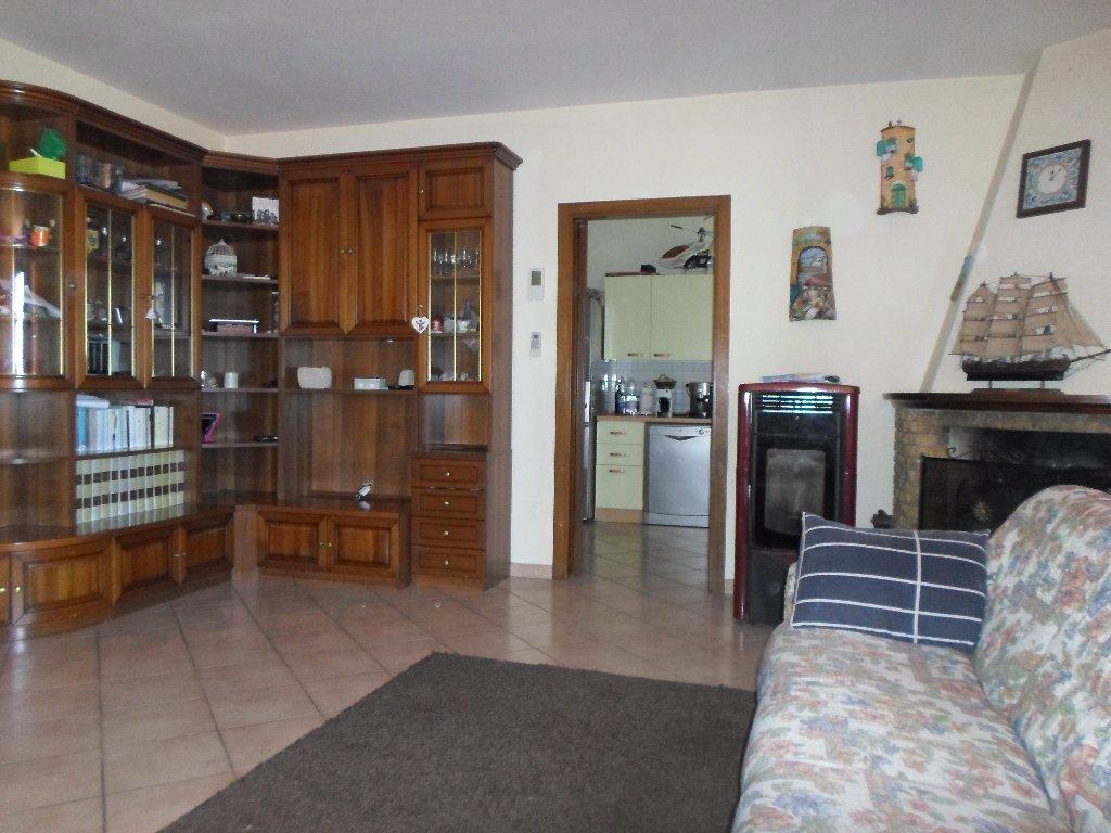 Appartamento in vendita a Fucecchio, 4 locali, prezzo € 220.000   Cambio Casa.it