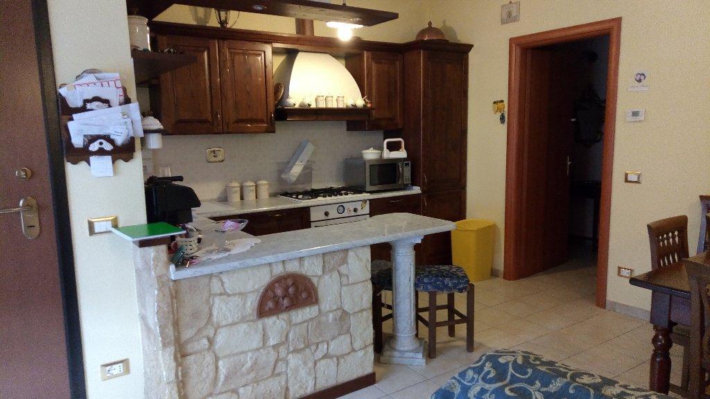 Appartamento in vendita a Ponsacco, 3 locali, prezzo € 100.000 | Cambio Casa.it