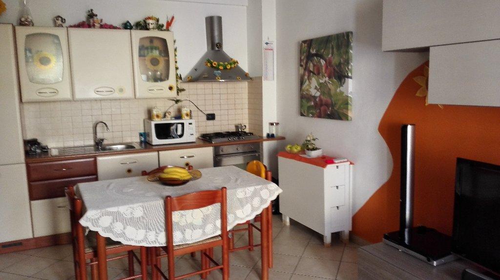 Appartamento in vendita a Peccioli, 3 locali, prezzo € 115.000 | Cambio Casa.it