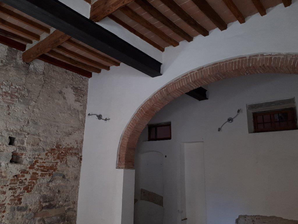 Negozio / Locale in Affitto a Pisa