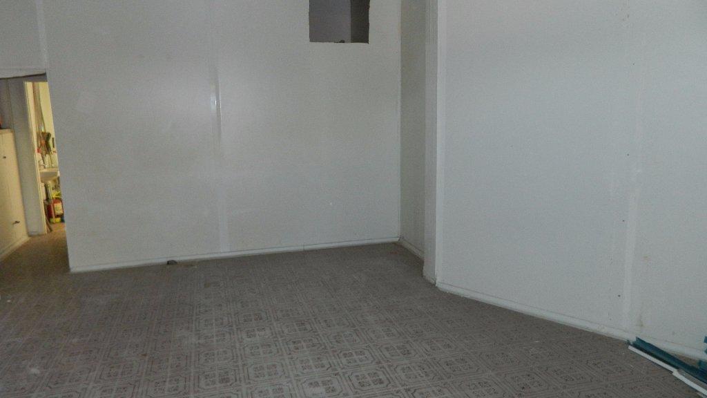 Locale comm.le/Fondo in Affitto commerciale, rif. 106031