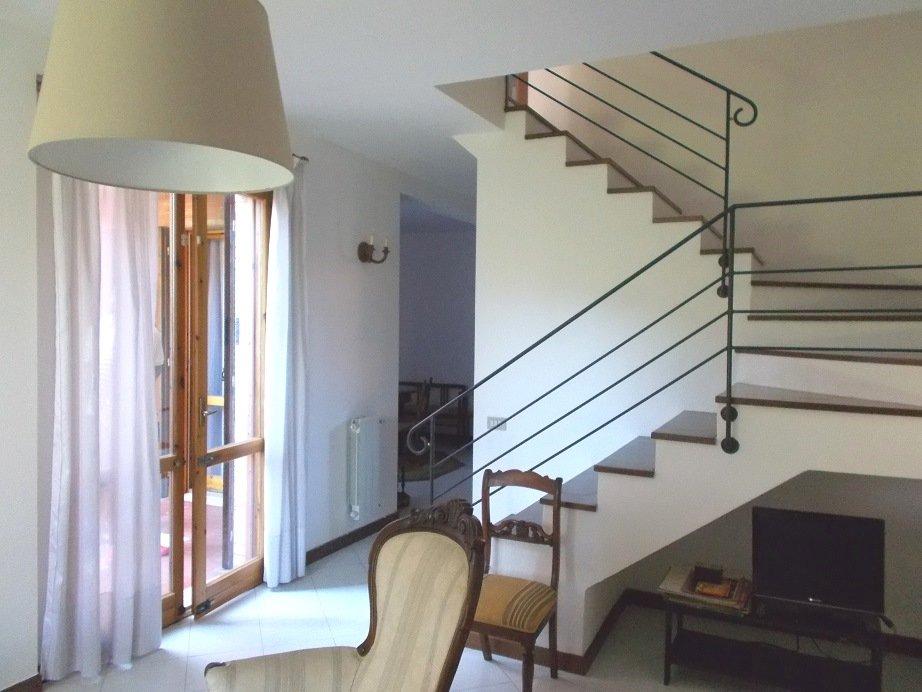 Villa a Schiera in affitto a Vecchiano, 5 locali, prezzo € 750 | CambioCasa.it