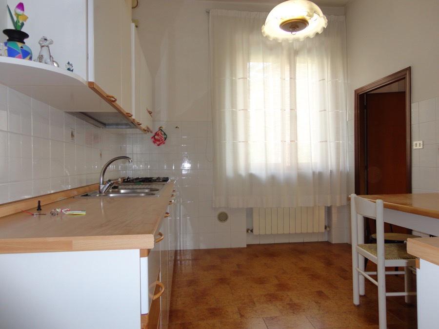 Appartamento in vendita a Asciano, 3 locali, prezzo € 95.000   CambioCasa.it