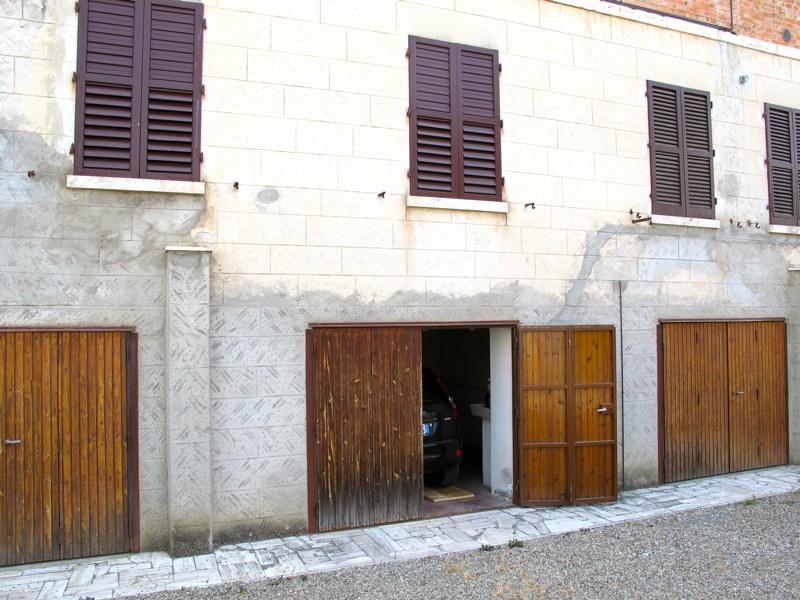 Box / Garage in vendita a Asciano, 1 locali, prezzo € 25.000 | CambioCasa.it
